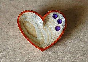 Odznaky/Brošne - Brošňa z dreva - srdce 1 - 9123449_