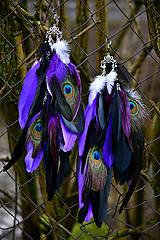 - Dlhé fialové náušnice s pávom - 9120031_