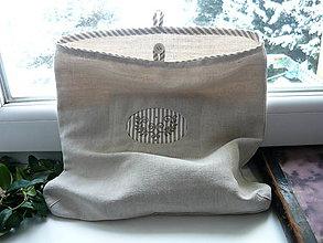 Úžitkový textil - vrecko s výšivkou - 9120970_