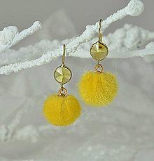 Náušnice - Náušnice so žltou bambuľkou - 9120228_