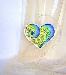Dekorácie - závesné srdce maľované štetcom a ihlou - 9124915_