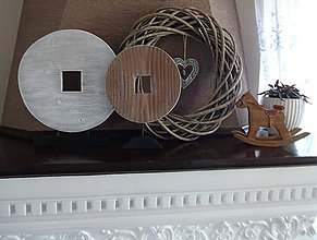 Dekorácie - Drevená dekorácia - kruh menší - 9128151_