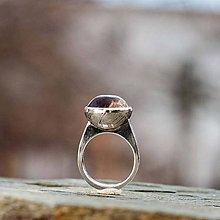 Prstene - Strieborný prsteň - V hĺbke - 9128568_