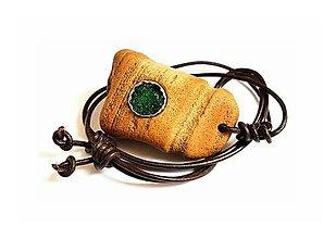 Náhrdelníky - Achátová drúza v kameni - 9133123_