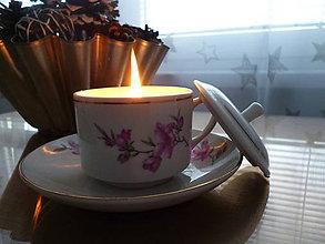 Svietidlá a sviečky - sviečka v šálke s pokryvkou (sviečka s vrchnákom) - 9131666_