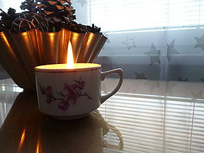 Svietidlá a sviečky - sviečka v šálke s pokryvkou (sviečka bez tanierika) - 9131680_