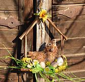 Dekorácie - Jarný drevený domček so sliepočkou - 9131751_