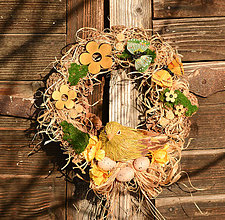 Dekorácie - Jarný šiškový veniec s vtáčikom - 9129782_