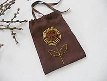Úžitkový textil - Tak ako slnečnica ...(vyšívané vrecúško) - 9137084_