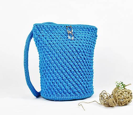 128bd22f413 Elegantný háčkovaný batoh   kabelka Azuro   ByBea - SAShE.sk ...