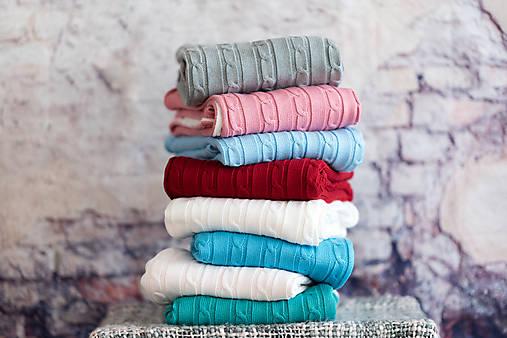 Detská deka na zimu, pletený vrkoč - bledomodrá