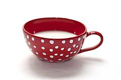 Veľká červená keramická šálka