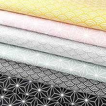 Textil - žlté vlnky; 100 % bavlna Nemecko, šírka 140 cm, cena za 0,5 m - 9137132_