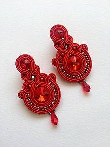 Náušnice - Ručne šité šujtášové náušniče / Soutache earrings  - Swarovski - 9136202_