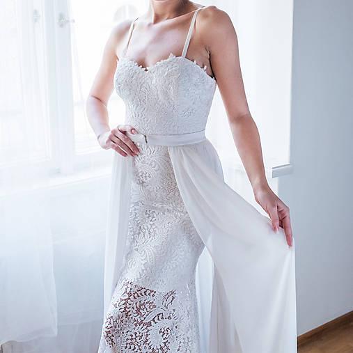 Svadobné šaty z krajky na ramienka so šifónovou vlečkou rôzne vzory
