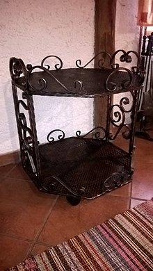Nábytok - Kovový kovaný originálny barový stolík PILOTEK na kolieskach - 9136922_