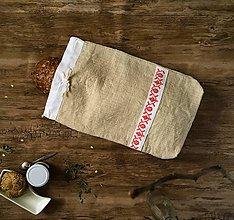 Úžitkový textil - Ručne vyšívané vrecko na chlieb - 9137266_