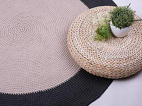 Úžitkový textil - Ručne háčkovaný koberec - dvojfarebný - 9136464_
