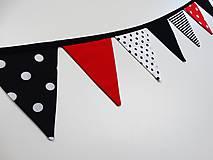 Detské doplnky - Girlanda - vlajočky - červená,čierna - 9143127_