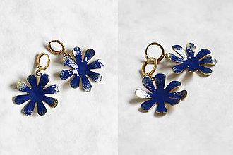 Náušnice - Mosadzné náušnice veľké kvety bez guličky - Slavianka (Kráľovská modrá) - 9140702_