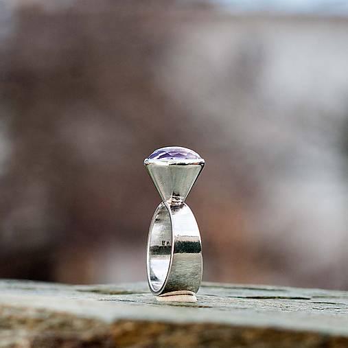 Strieborný prsteň - Kužeľ