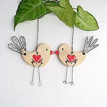 Dekorácie - jarný vtáčik so srdiečkom - 9144697_