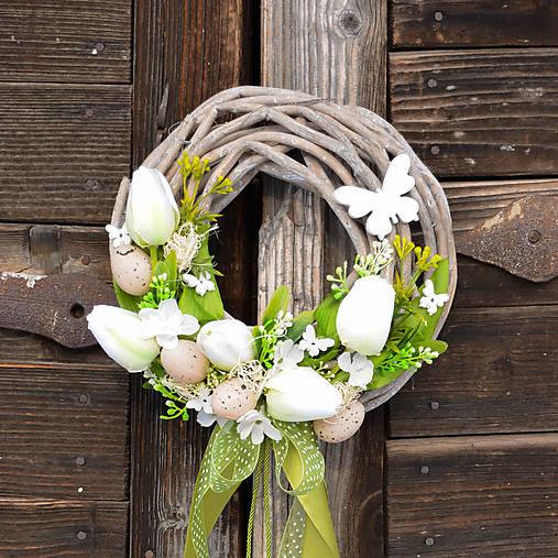 0a41368473 Veľkonočný venček na dvere s motýľmi   Hydrangea - SAShE.sk ...