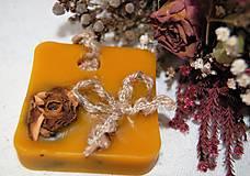 Dekorácie - Vonný včelí vosk v krabičke - ruža - 9149447_