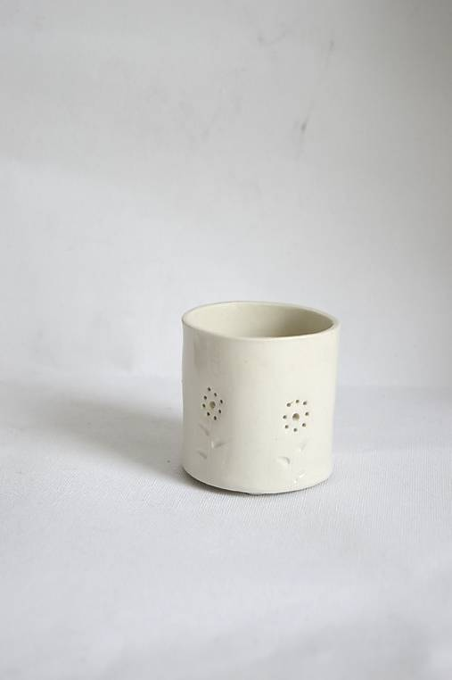 Porcelánový svietnik (Porcelánový svietnik Kvietky)