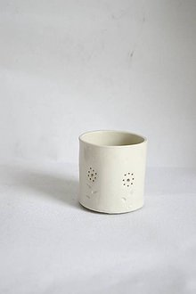 Svietidlá a sviečky - Porcelánový svietnik (Porcelánový svietnik Kvietky) - 9147063_