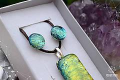 Sady šperkov - Zlato-zelená sada sklenených šperkova - 9144418_