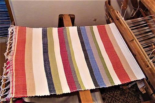 Tkaný koberec pestrofarebný 2