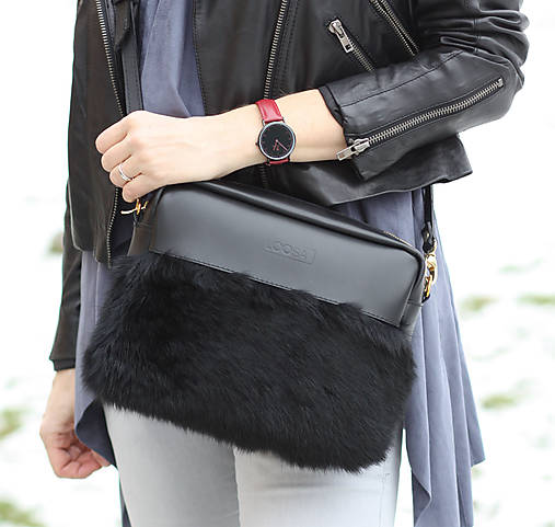 Koženo- kožušinová kabelka CROSSBODY- čierna