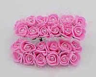 KT101 Penové ružičky s perličkou 2 cm / 12 kusov (Tmavo ružová)