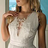 Šaty - Svadobné šaty s V výstrihami zdobenými krajočkou rôzne vzory - 9150443_