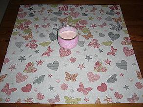 Úžitkový textil - Obrus srdiečka a motýle - 9149602_