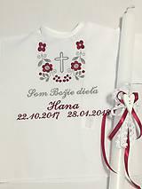 Detské oblečenie - Košieľka na krst k14 bordovo-šedá s krížikom + Sviečka na krst biela čipka a srdiečko s bordovou mašličkou - 9152769_