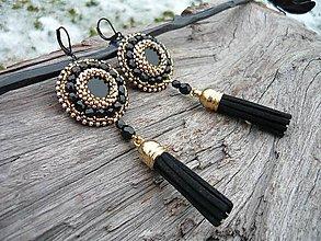 Náušnice - Korálkové náušnice strapcové Black&Gold Elegant - 9155246_