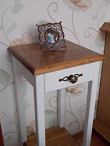 Nábytok - Stolík vysoký 75 cm so šuflíkom - 9157175_