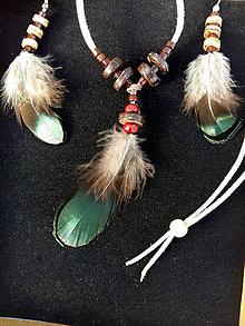 Sady šperkov - set  Bažantie pierka + korálky z kokosu - 9154780_