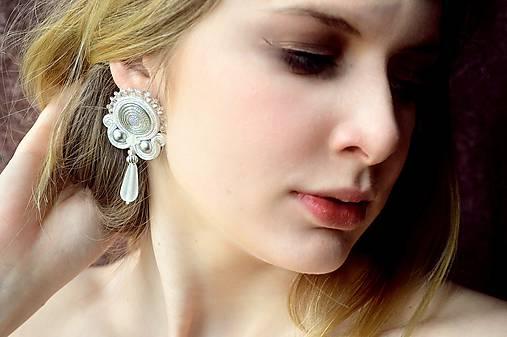 Elmira white - sutaškové náušnice