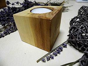 Svietidlá a sviečky - drevený svietnik - 9154150_