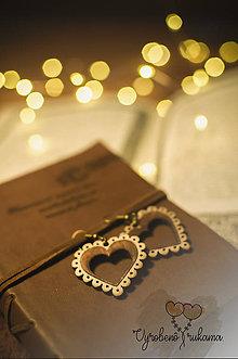 Náušnice - Srdce z dreva. - 9155788_