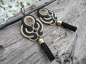 Náušnice - Soutache náušnice strapcové Luxury Black&Gold - 9160108_