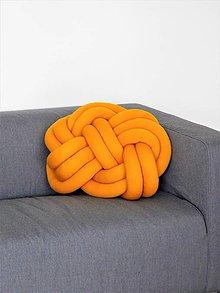 Úžitkový textil - Pletený vankúš horčicový - 9160608_