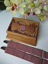 - Pánsky set - drevený motýlik a traky - 9160066_