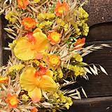 Dekorácie - Žlto-oranžový veniec na dvere - 9160520_