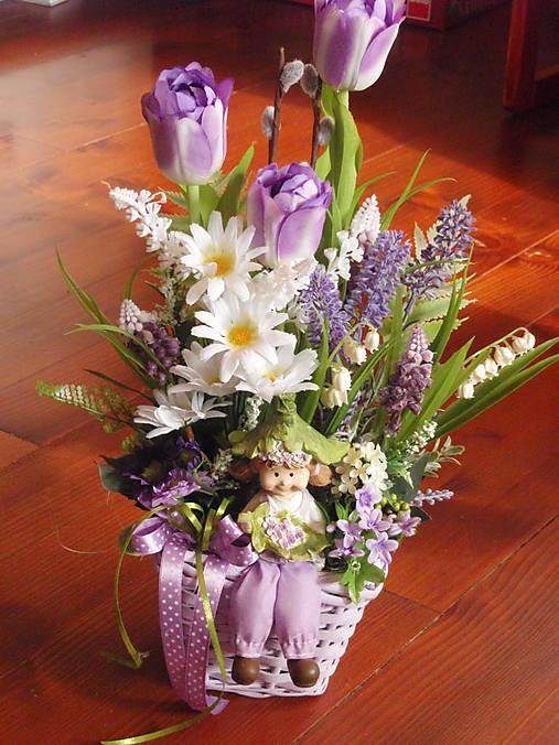 Jarná fialová dekorácia s postavičkou 40cm   erikak - SAShE.sk ... 9aa3c4fd07c