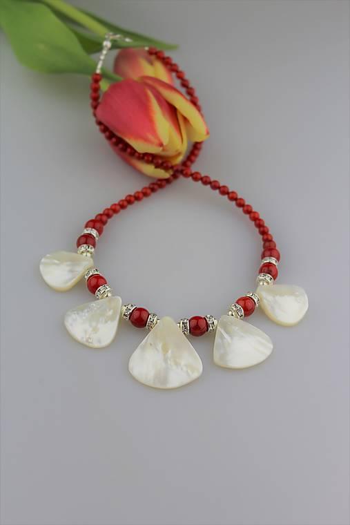 Luxusný náhrdelník červený koral 22e4ff704c7