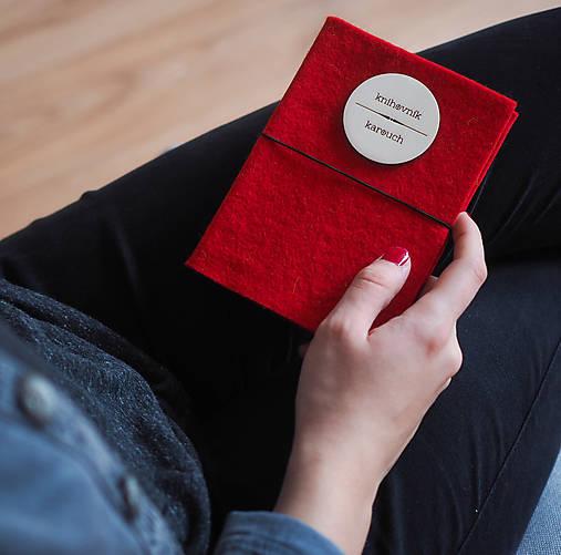 Knihovník, knižný diár - červený